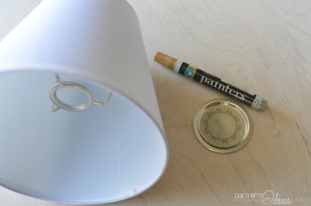 DIY scalloped lamp shade using Elmers Painters