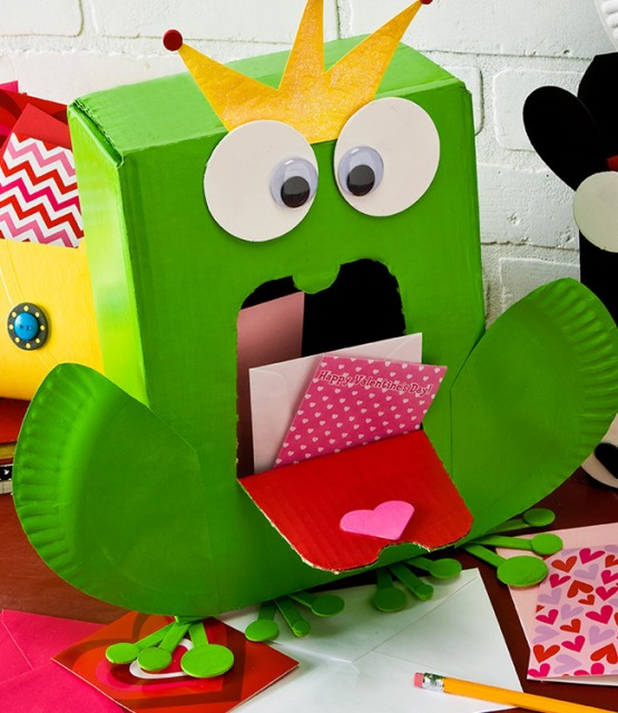 Frog Prince Valentine box