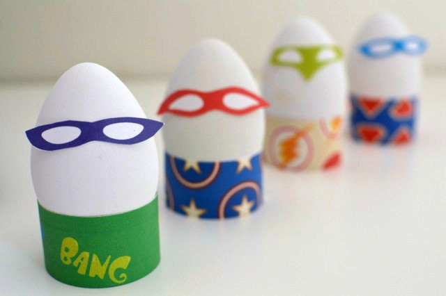 Superhero Easter Eggs with printable masks and stands