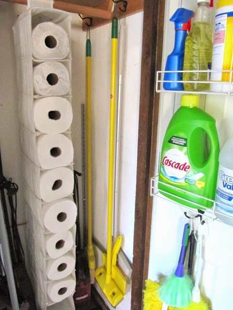Sew Many Ways shows how you can use hanging shoe holders to store your spare paper towels