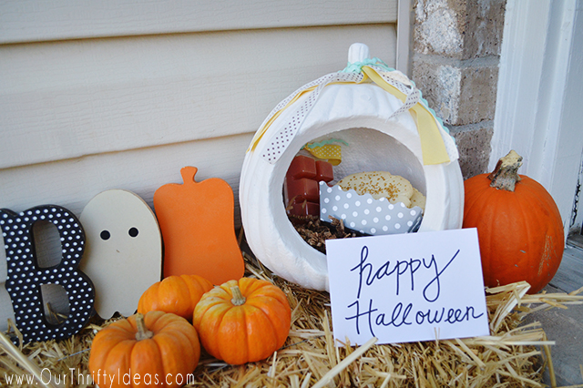Create a fun porch drop gift using foam pumpkins. Perfect for Halloween and Fall!