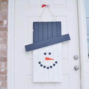 Seasonal Character Door Hanger – Tutorial