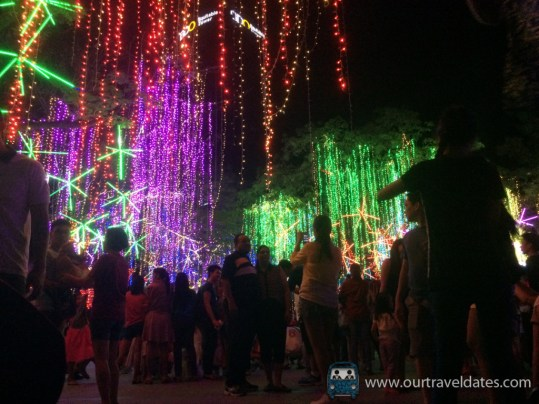 make-it-makati-ayala-triangle-gardens-festival-of-lights-our-travel-dates-image (2)