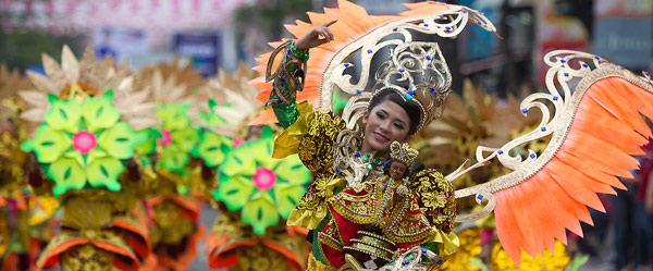 our-travel-dates-bucket-list-2015-sinulog-cebu-city