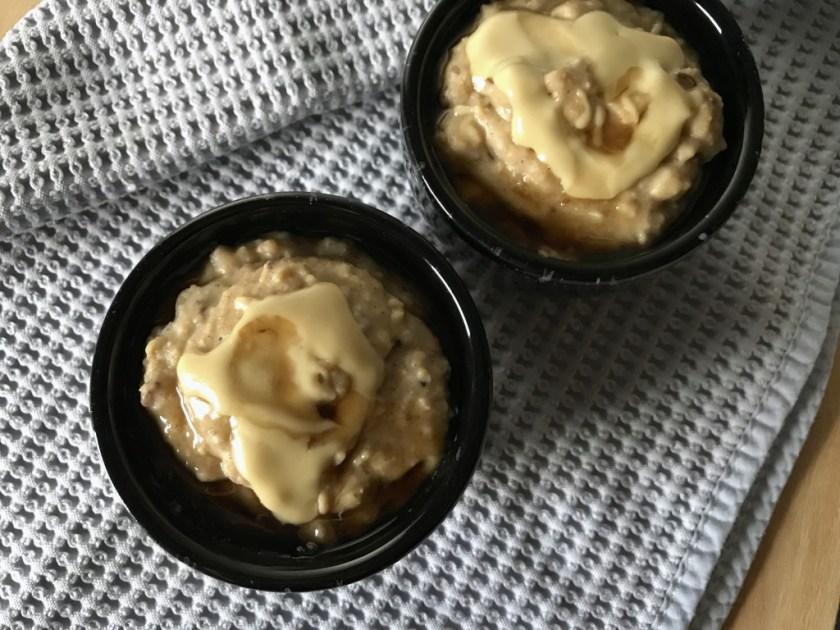 Warm Vanilla Maca Oatmeal