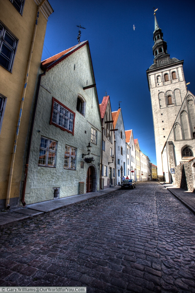 A stylised view of another of Tallinn's many cobble lanes & streets.