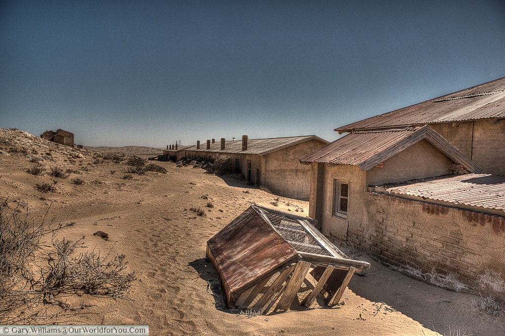 Nothing can stop the sand, Kolmanskop, Namibia