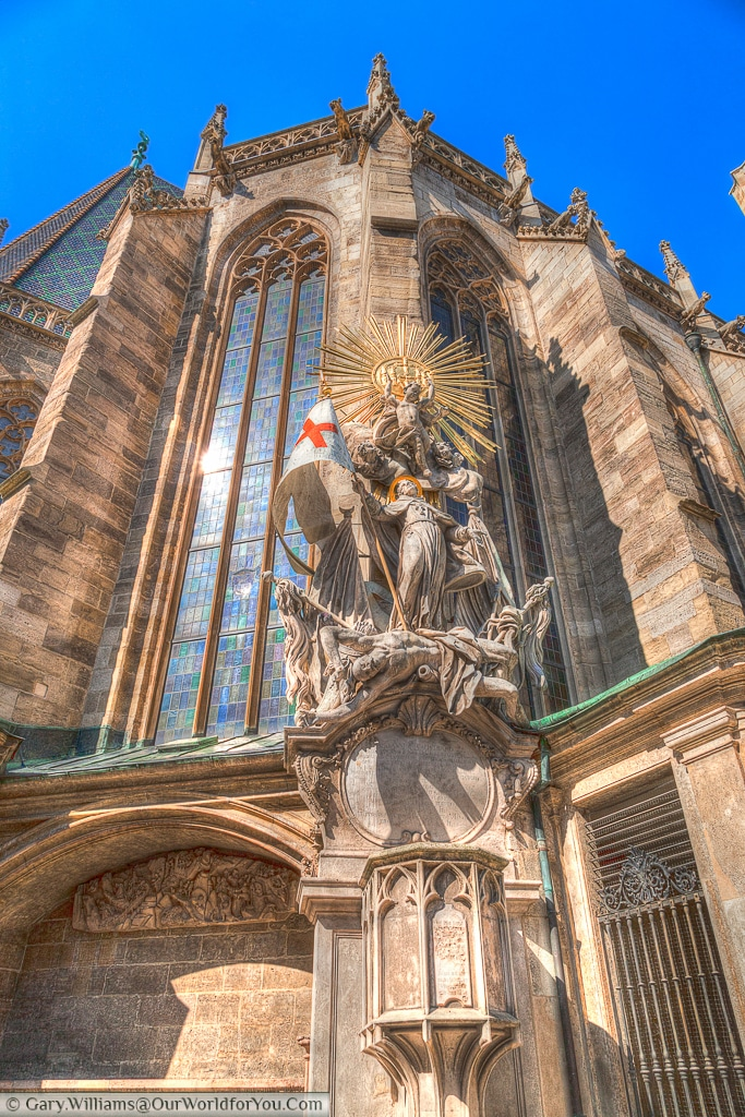 The monument on the outside of St. Stephen's Cathedral depicts St Francis standing over a defeated Turk.
