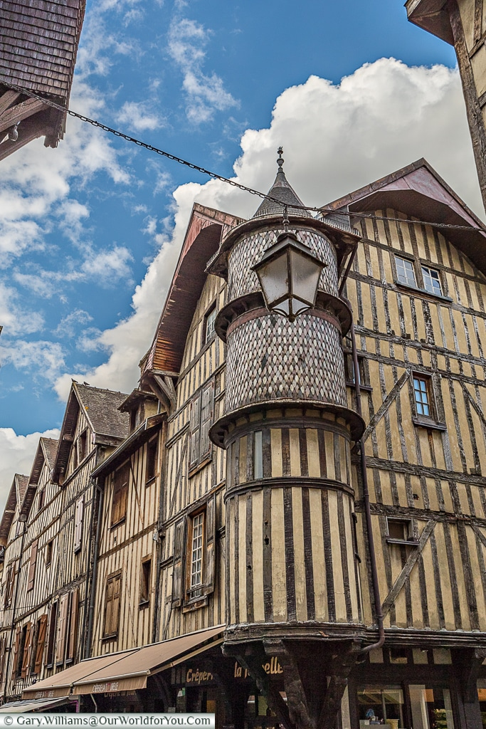 Amazing Buildings, Troyes, Champagne, Grand Est, France