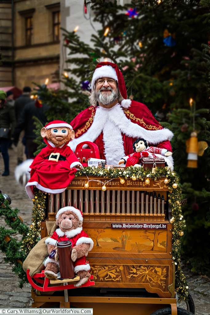 Santa and his organ, Rothenburg ob der Tauber, Germany