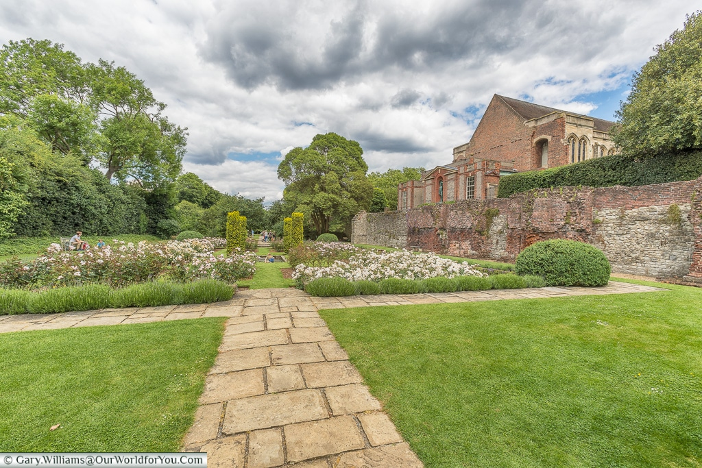 The formal gardens, Eltham Palace, London, England, UK