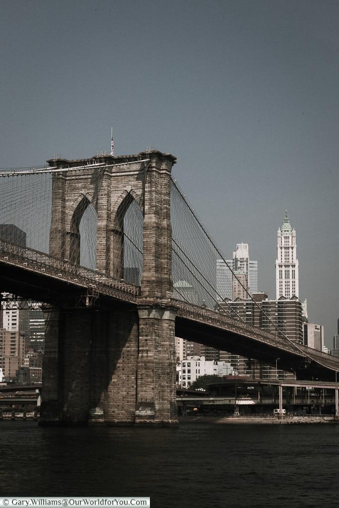 Brooklyn Bridge, Manhattan, New York, USA