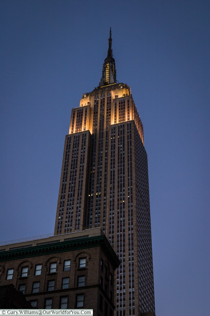 The Empire State Building at dusk, Manhattan, New York, USA