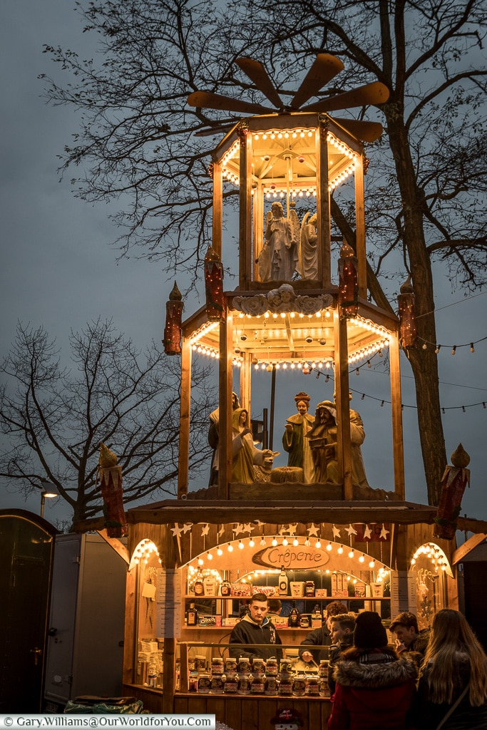 The Christmas Pyramid, Frankfurt, Germany