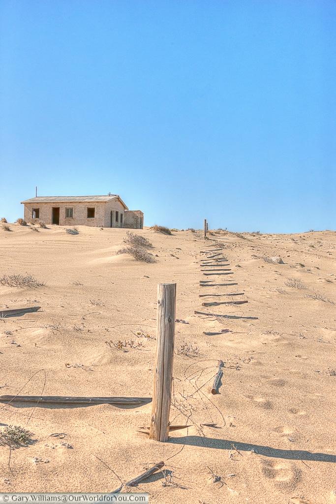 Isolated, Kolmanskop, Namibia