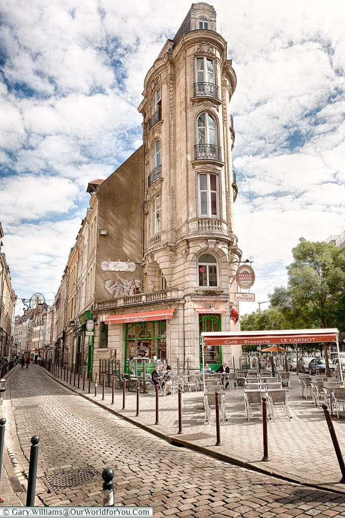 A typical café in Lille, France