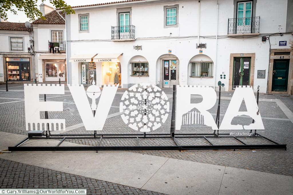 Évora - the sign, Évora, Portugal