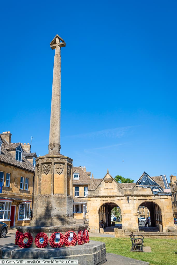 The war memorial, Chipping Campden, Gloucestershire, England, UK