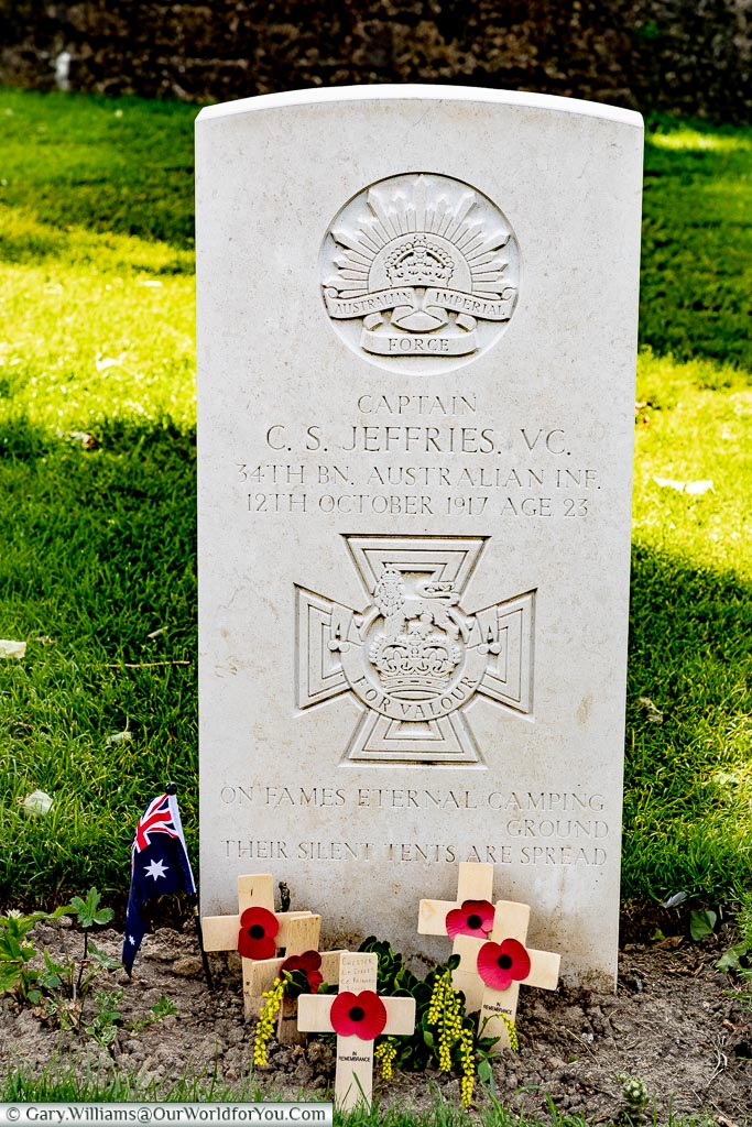 Captain Clarence Smith Jeffries - VC, Tyne Cot, Passchendaele, Belgium
