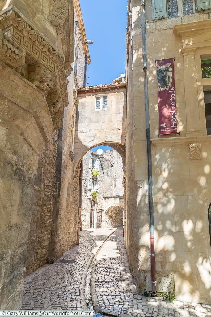 Archway to where, St Remy-de-Provence, France