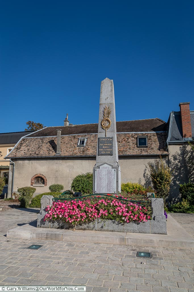 The War memorial, Ay, Champagne Region, France