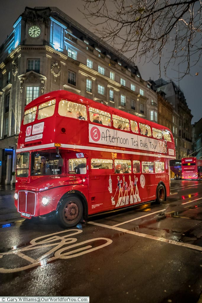 A Routemaster bus in London, Christmas, London, England, UK