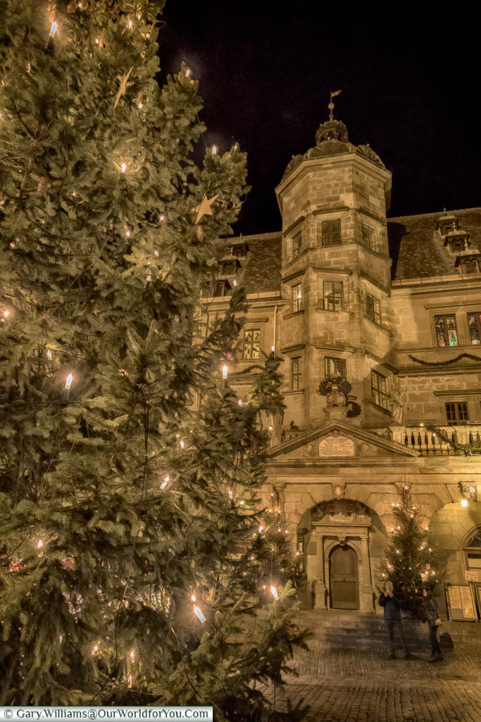 Rothenburg's Christmas tree in front of the tower in the centre of the Rathaus.