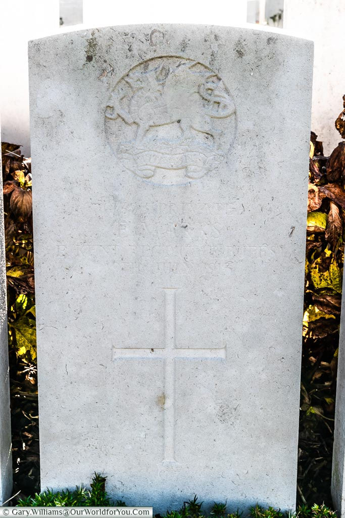 The faded headstone of Ernest Marks, Bailleul Communal Cemetery Extension, Nord, France