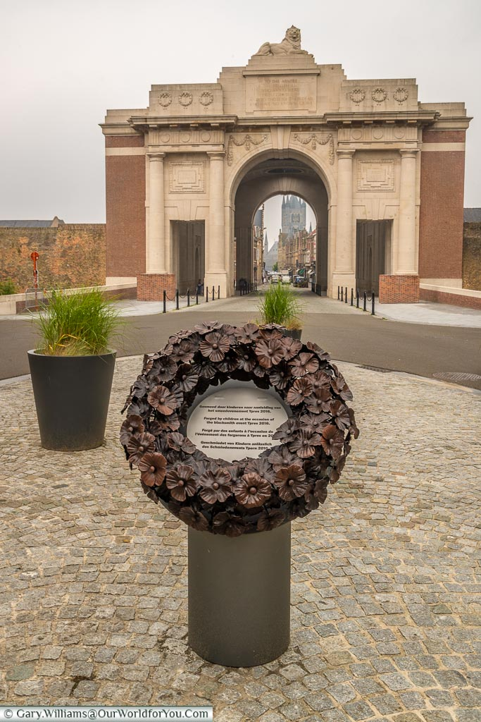 The memorial wreath in front of the Menin Gate, Ypres, leper, Belgium - II
