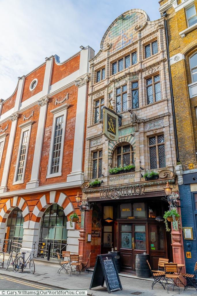 Fox & Anchor, Smithfield, London, England, UK