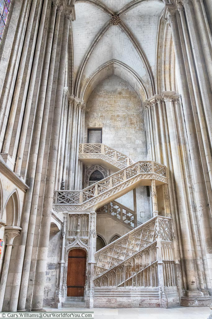 L'Escaliere de Librairie -The Booksellers Staircase, Rouen, Normady, France