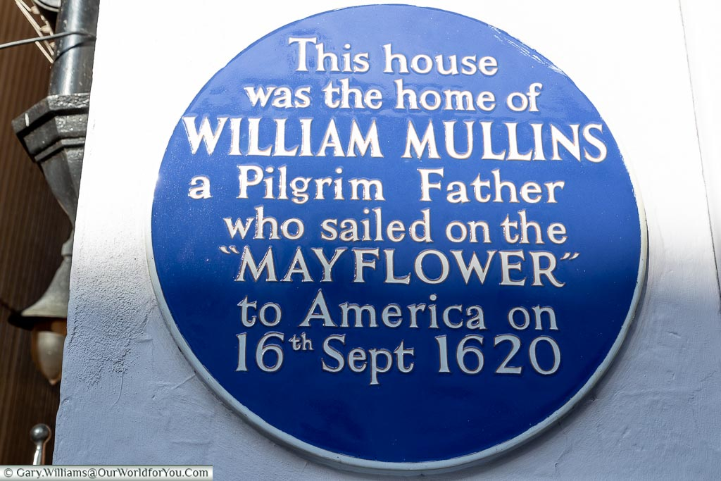 A Blue Plaque to William Mullins, Dorking, Surrey, England, UK