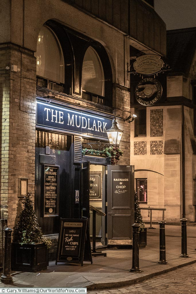 A traditional pub in London, just off London's Southbank.