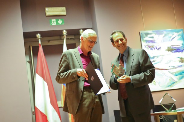Fred Mulder, UNESCO OER Chair and Larry Cooperman, OE consortium director