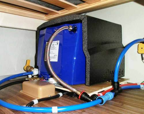 small resolution of whale s eight litre rapid heater
