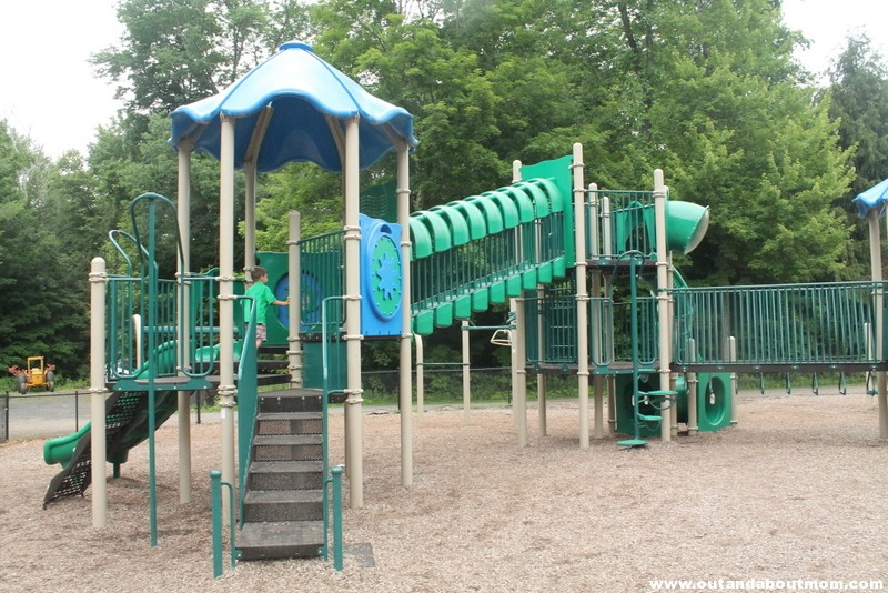 Brodie Park Playground_Out and About Mom_Things to do with kids in Connecticut, New Hartford (38)