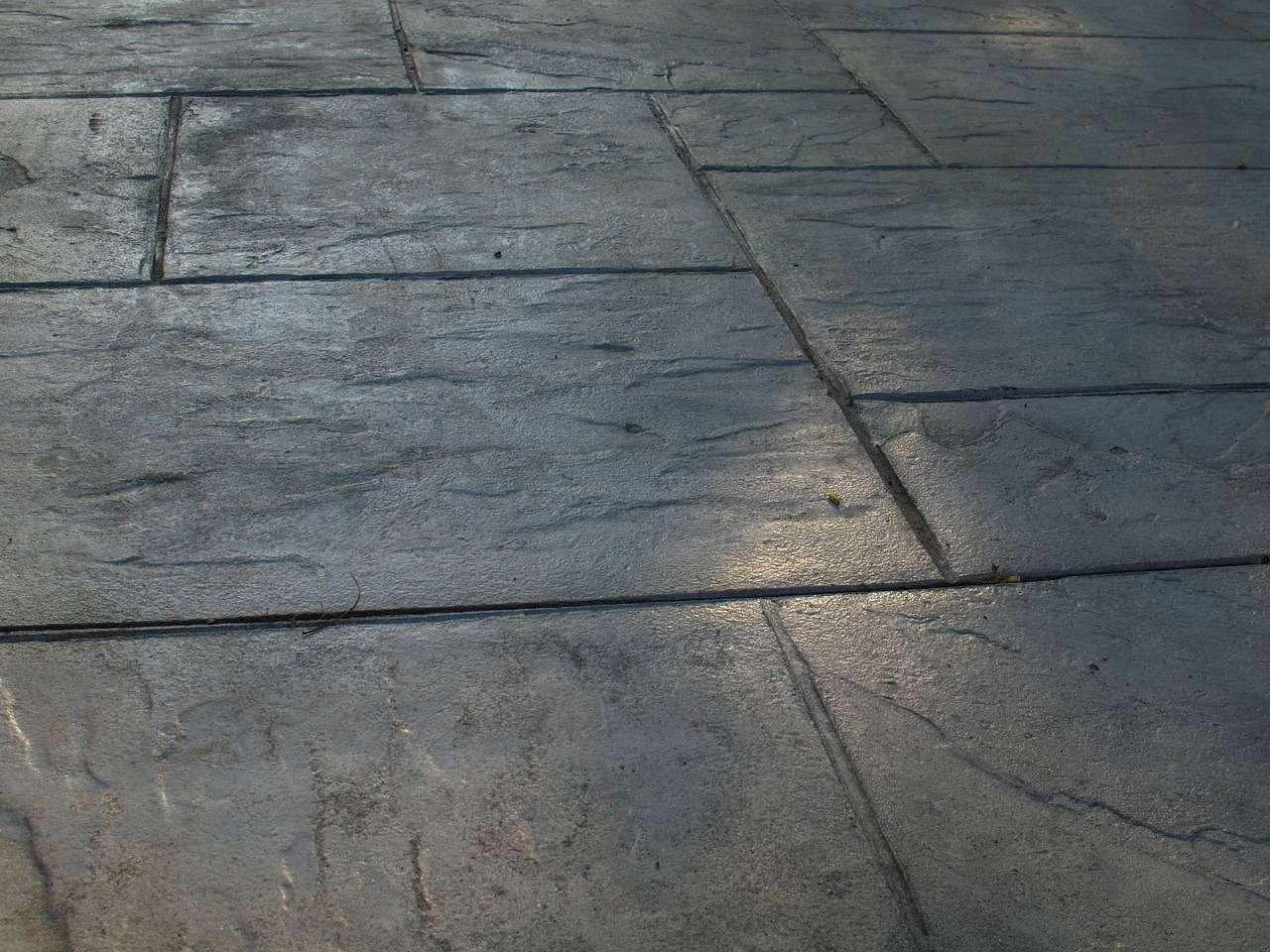 brick pavers vs stamped concrete cost