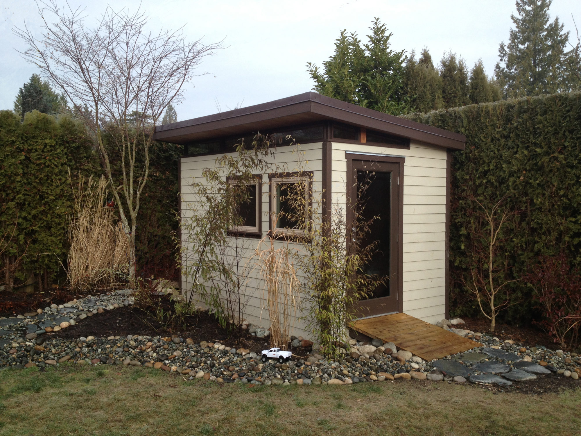 812 north vancouver tool shed
