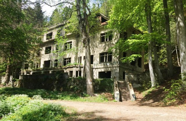 Brestovac Sanatorium Hiking Tour