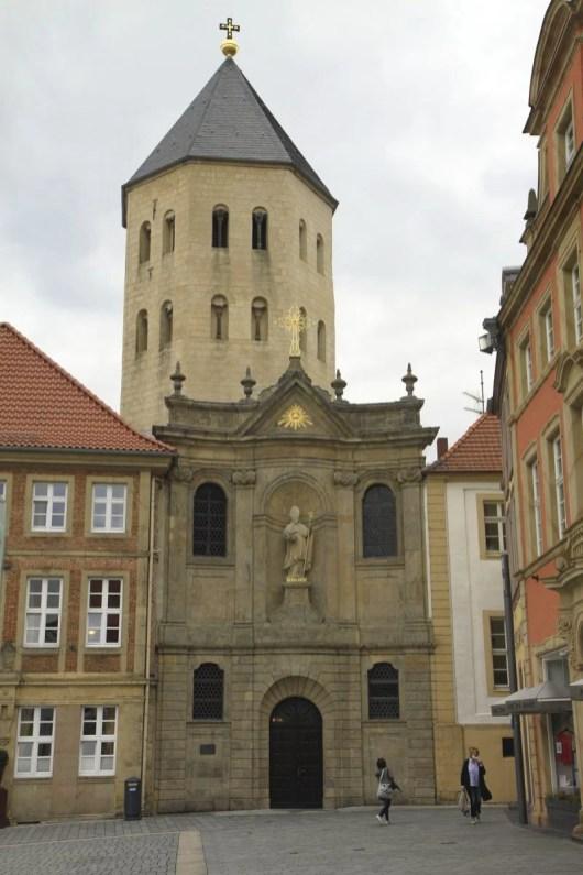 Een van de kerken in Paderborn