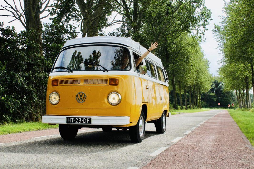 Toeren langs het IJsselmeer omhoog richting Den Oever! Foto: Pauline van der Waal