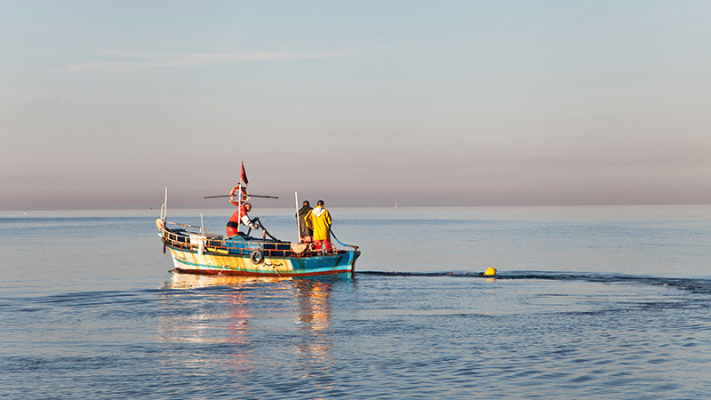 How To Pass A Fishing Boat