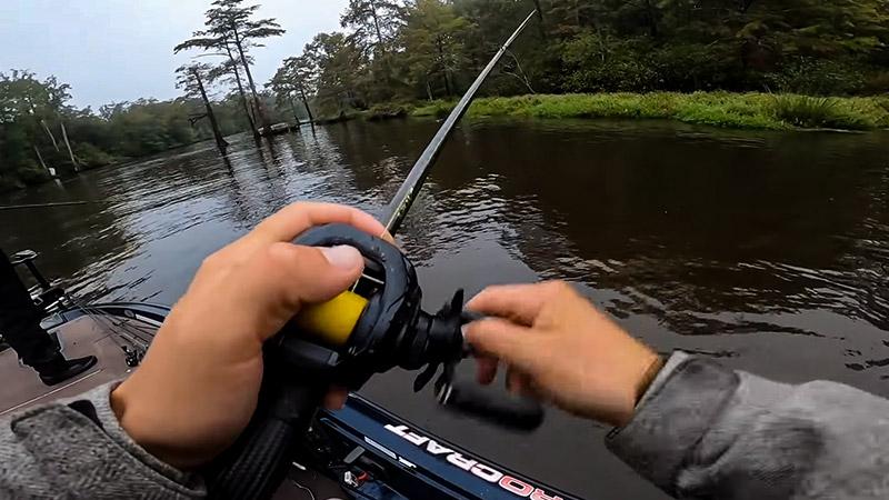 How To Get Fishing Sponsors FI