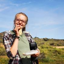 Enjoying a snack break during field work. Photo credit: Ulysse