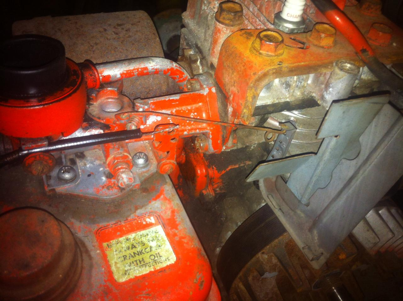 hight resolution of i was wondering if any one has a photo or two of the throttle linkage for a 2 5hp briggs and stratton i have just bought a scott bonnar 45 that