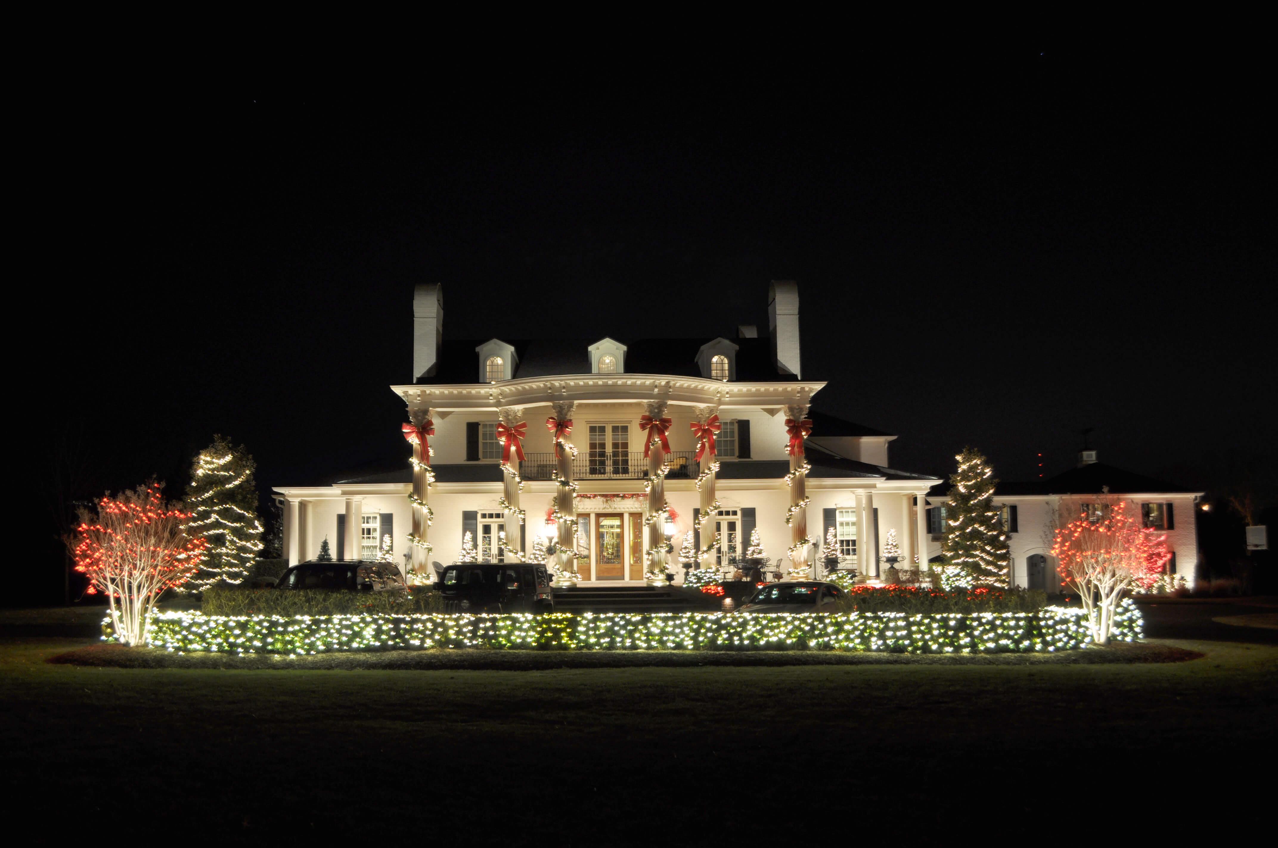 holiday lighting outdoor lighting