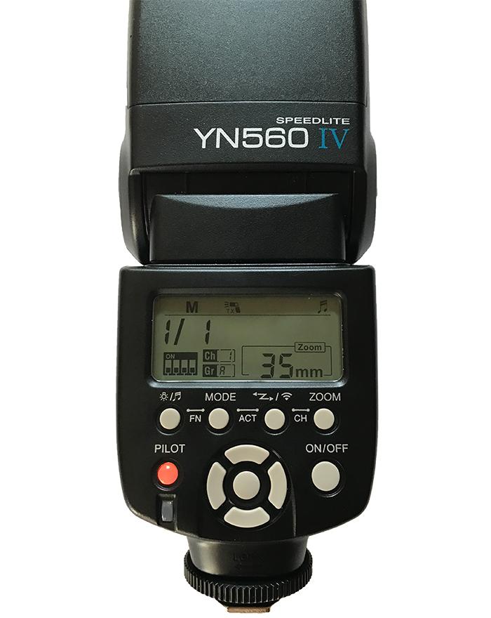Yongnuo YN 560 IV speedlight