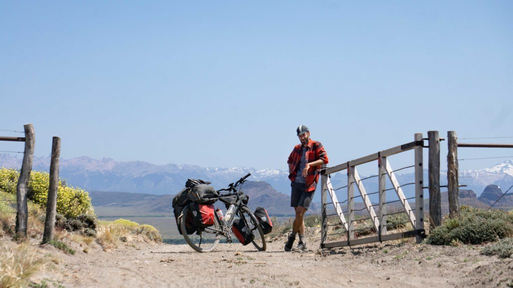 Alternative cycling routes around Argentina's lake district