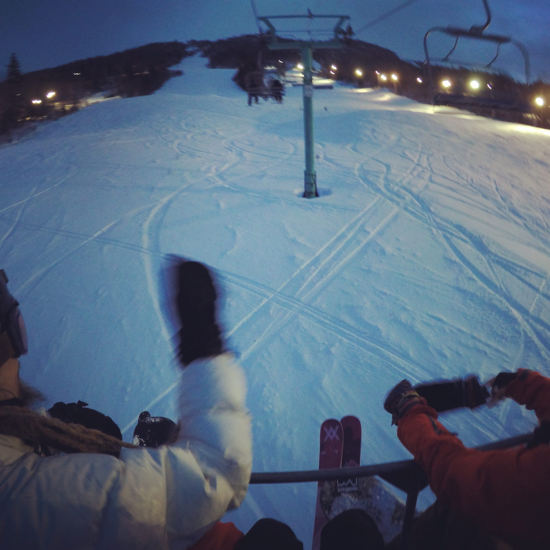 night skiing marble Mountain