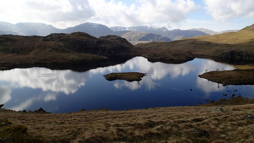 Angle Tarn looking east